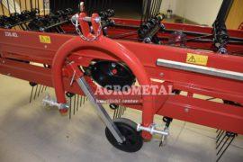 Agrometal_traktorski_tracni_obracalnik_molon_14